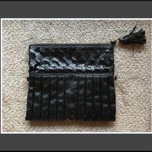 Urban Expressions Bags - Black Clutch